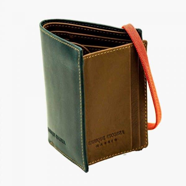 Billetera moderna hombre con elástico abierta